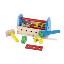 Værktøjskasse i træ med indhold